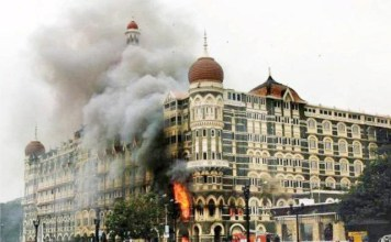 REFLEKSI: Serangan di Hotel Taj Mahal Palace and Tower pada 26 November 2008. | Foto: OutlookIndia.com
