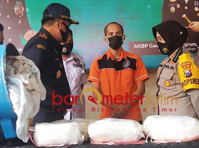 DIGAGALKAN: Polres Pelabuhan Tanjung Perak Surabaya gagalkan penyelundupan sabu. | Foto: Barometerjatim.com/ARLANA CW