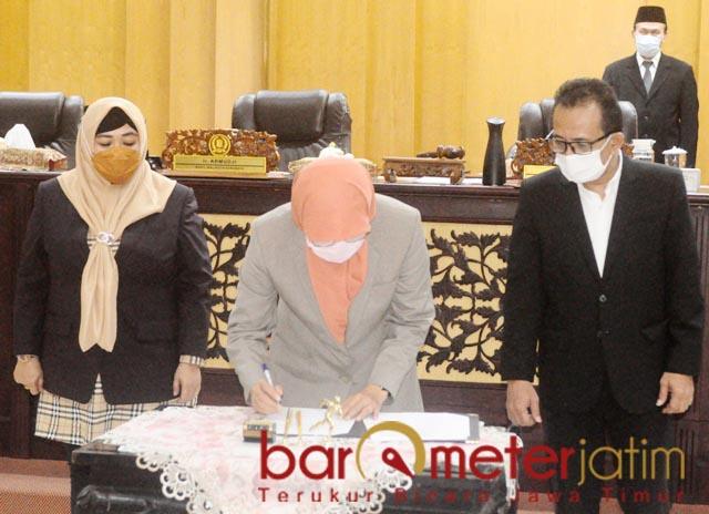 JELANG MUSRENBANG: Pimpinan DPRD Surabaya paripurna penetapan pokir dewan jelang Musrenbang. | Foto: Barometerjatim.com/ANDRIAN