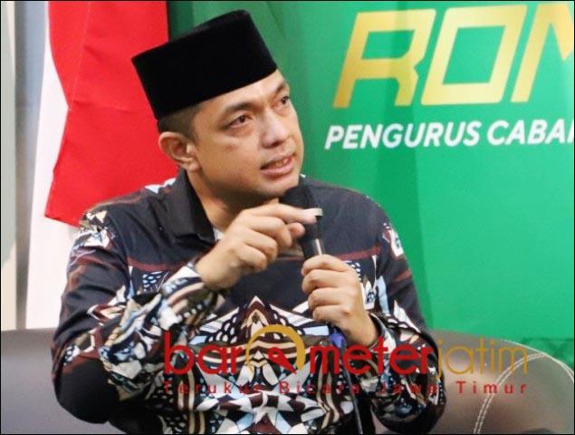 MASIH PANDEMI: Gus Hans, dukung keputuan wali kota Surabaya agar shalat Id digelar di rumah. | Foto: Barometerjatim.com/ROY HS