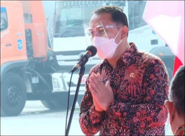 TERIMA KASIH RISMA: Eri Cahyadi berterima kasih kepada Risma atas berdiri dan beroperasinya PSEL Benowo.   Foto: IST