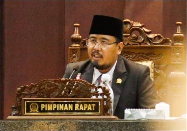 JANGAN BANGGA PENGHARGAAN: Anwar Sadad, parameter evaluasi Pemda adalah IKU bukan banyaknya penghargaan.   Foto: IST