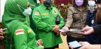 PPP TEMUI KHOFIFAH: Munjidah Wahab dan pengurus PPP Jatim usai menemui Khofifah di Grahadi. | Foto: Barometerjatim.com/IST
