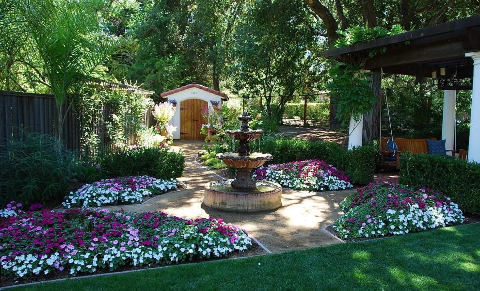 Stunning Mediterranean Garden Designs on Small Mediterranean Patio Ideas id=37786