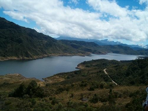 Embalse de Chuza que abastece a Bogotá