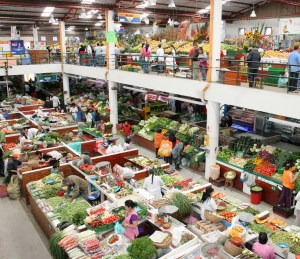 tipica-plaza-de-mercado-en-bogota