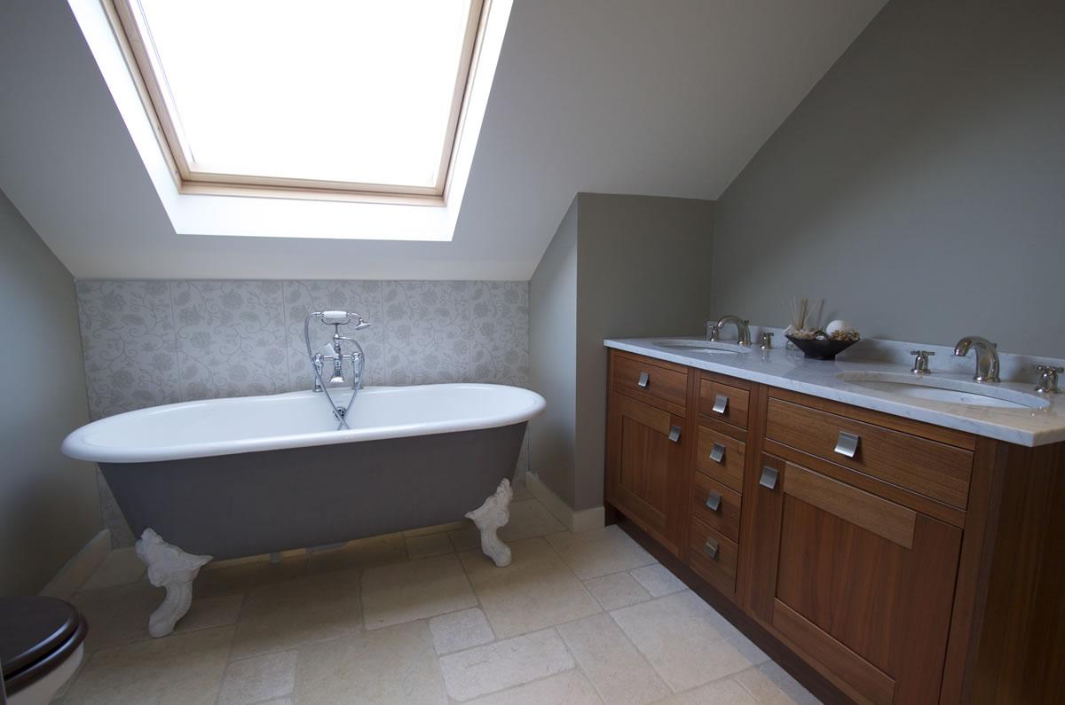 En-Suite Bathroom Installation with cast iron bath