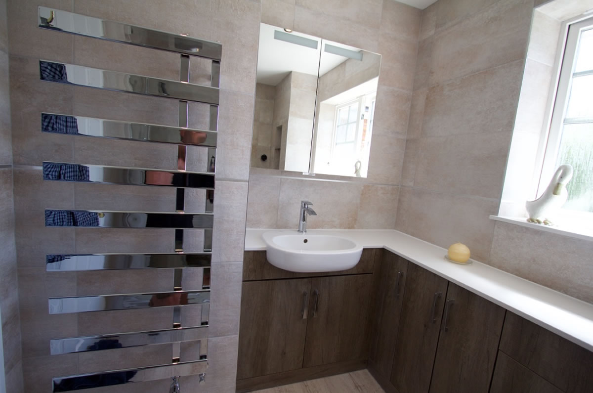 Modern towel rail