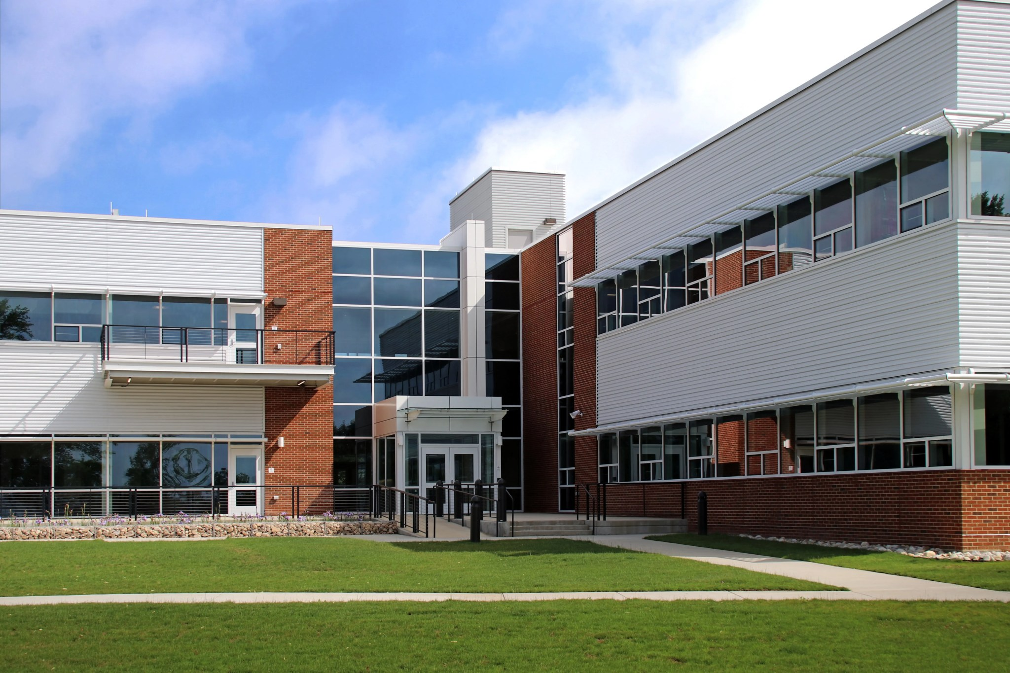 Consolidated Science Research Facility (Davis Hall)