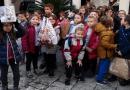 Mali humanitarci na djelu