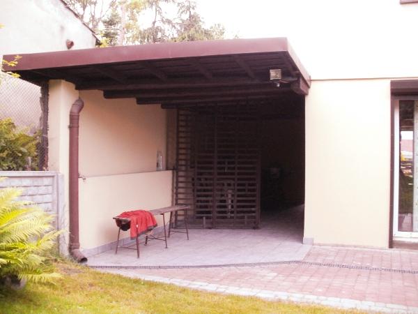dom w gliwicach - wiata