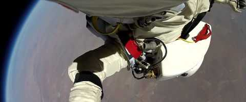 Felix Baumgartner's Point of View – Red Bull Stratos Free Fall by redbull