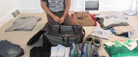 Packing like a Pro by Tom Ayzenberg