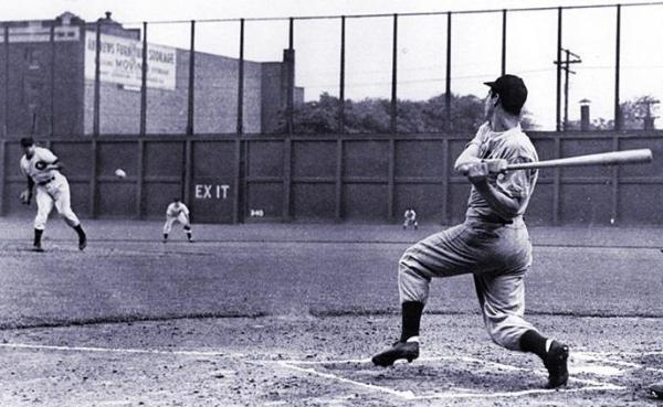 League Park, Cleveland, OH, July 16, 1941 – Joe DiMaggio ...