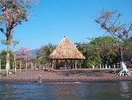 Onze hut aan Laguna Izabal