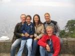 Sander, Danny, MariaPaula, Bas en Eelco bovenop Monserrate