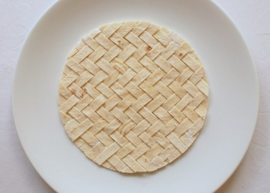 How to weave a edible tortilla basket in a pattern