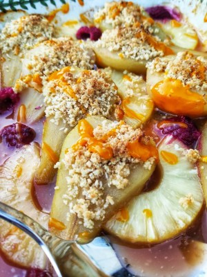 Tropical Pear and Pineapple Crumble (Ve)