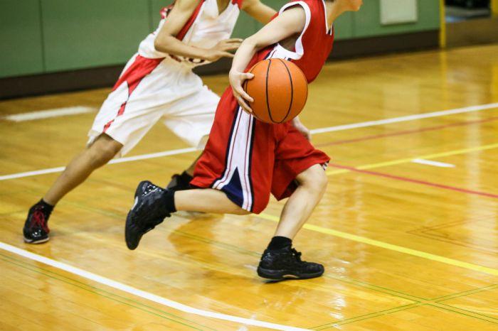 Zapatos vacunación Alerta  Adidas Performance Men's Cloudfoam Ilation Basketball Shoe - Basketball  Shoes Guide