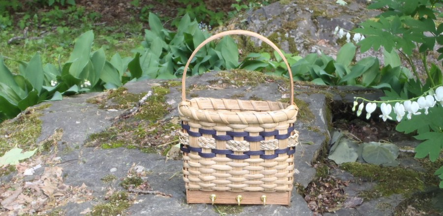 Key and Mail Basket