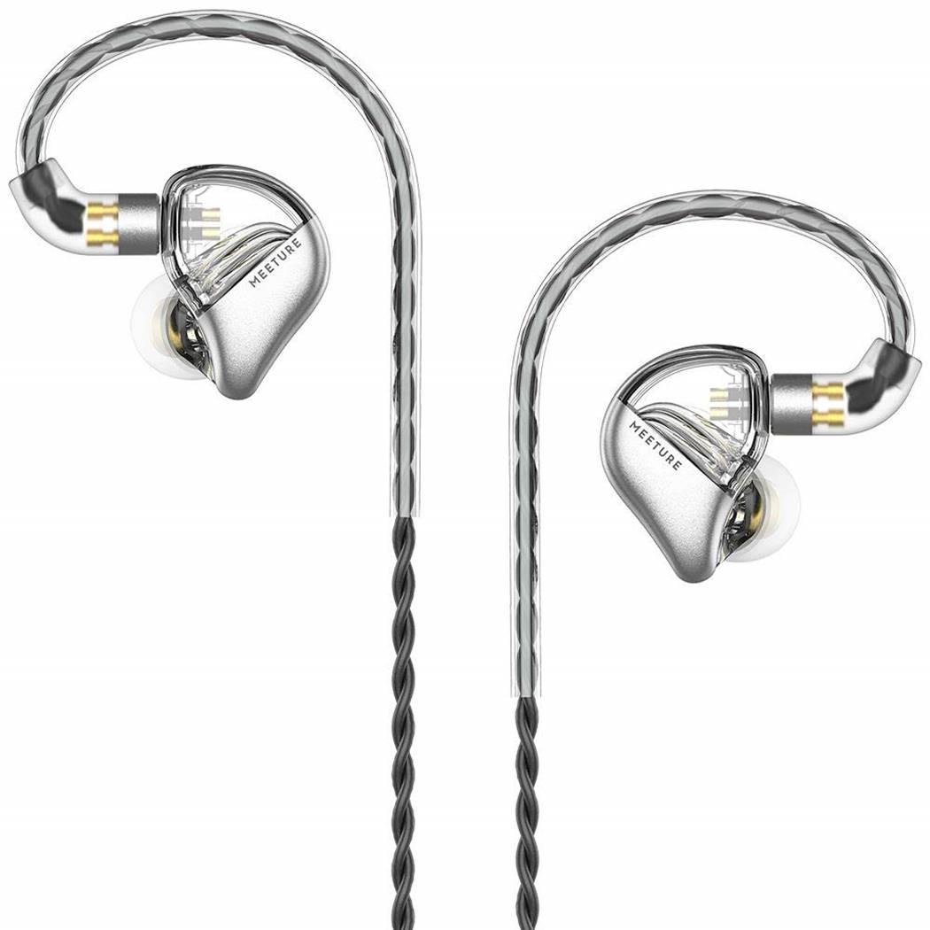 The 10 Loudest Earbuds In Bass Head Speakers