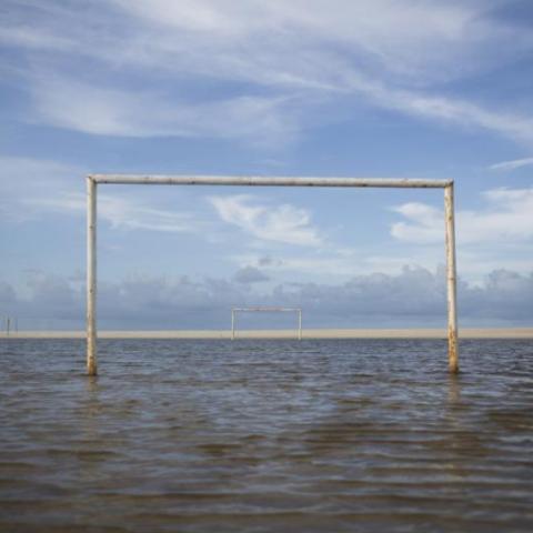 campo-calcio-allagato-327050