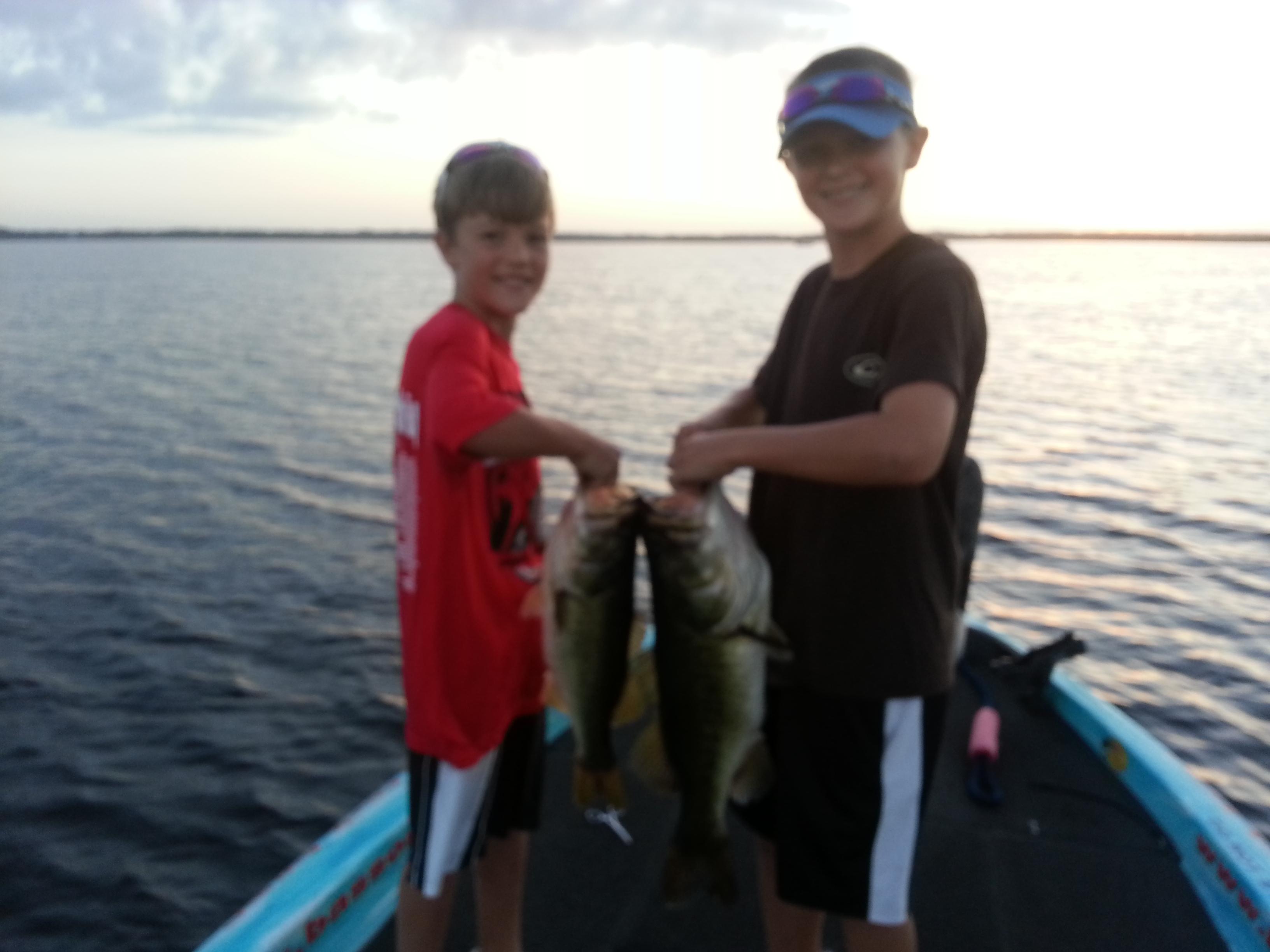 Payne family on lake toho bass fishing orlando central for Bass fishing guides orlando fl