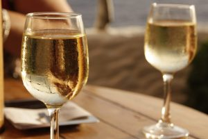 Discover how to taste wine like a true sommelier with these simple tips.