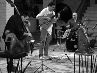 Simone Gubbiotti ha presentato Resilience ad Acoustic Rocca Festival