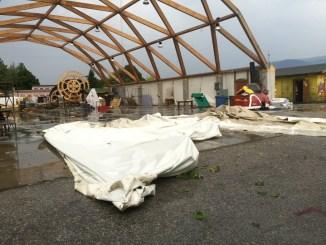 Violenta tromba d'aria a Bastia, grossi danni a Villaggio XXV Aprile