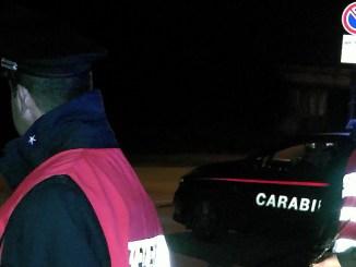 Ubriaco e drogato alla guida e i Carabinieri lo denunciano