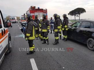 Incidente sulla 75 Centrale Umbra ad Ospedalicchio tre veicoli coinvolti e 6 feriti, uno grave