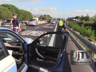 Incidente stradale su 75 Centrale Umbra a Bastia, nessun ferito ma strada bloccata