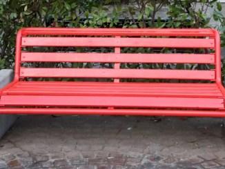 Panchina Rossa per la giornata internazionale contro violenza sulle donne
