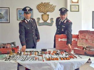 Rubava attrezzature da cantiere denunciato per furto ladro folignate