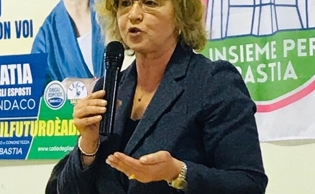 Catia Degli Esposti e le sue liste a Ospedalicchio, squadra vincente
