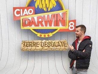 Alessio Vintrici 10 maggio a Ciao Darwin fisioterapista bastiolo di adozione