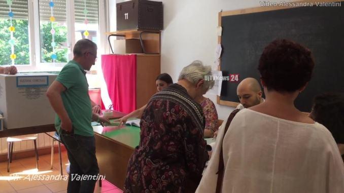Le affluenze e i risultati del ballottaggio a Bastia e in Umbria