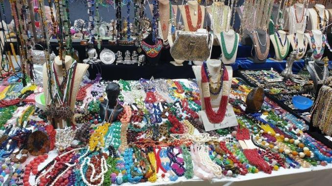 Finanza sequestra oltre 5 mila prodotti al Festival dell'Oriente