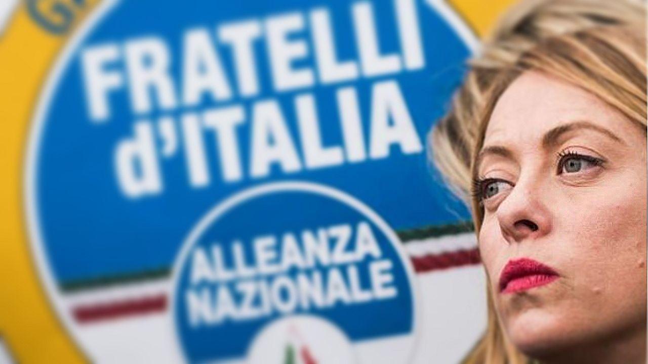 Mobilitazione voluta da Giorgia Meloni per raccogliere le 50.000 firme