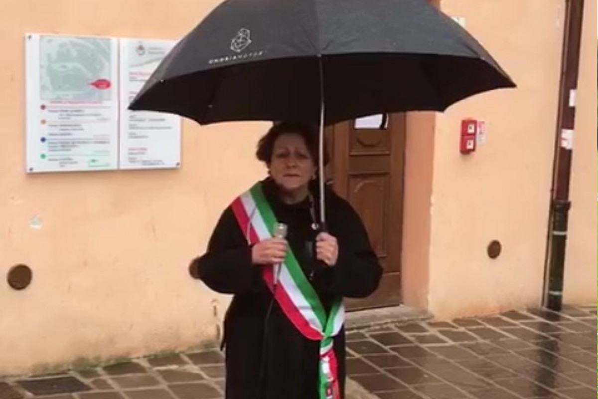 Bastia non dimenticherà mai le vittime del coronavirus, Paola Lungarotti 🔴 VIDEO