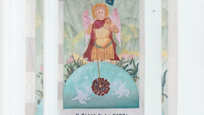 Palio de San Michele 2020, stendardo realizzato dalla professoressa Maria Caldari