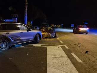 Incidente stradale a Costano tra 2 auto, una giovane donna ferita
