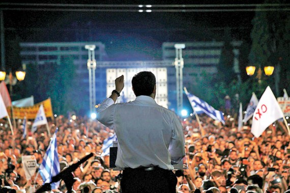 Greek Prime Minister Alexis Tsipras delivers a speech at an anti-austerity rally in Syntagma Square in Athens, Greece, July 3, 2015. Tsipras, elected in January on a promise to end six years of austerity, extolled a packed Syntagma square in central Athens to spurn the tough terms of an aid deal offered by international creditors to keep the country afloat.   REUTERS/Yannis Behrakis