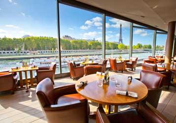 Restaurant Insolite Et Romantique Paris Sur Un Bateau