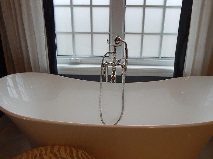 bathroom remodel contractors in
