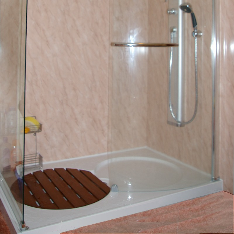 leaking shower causes and solutions