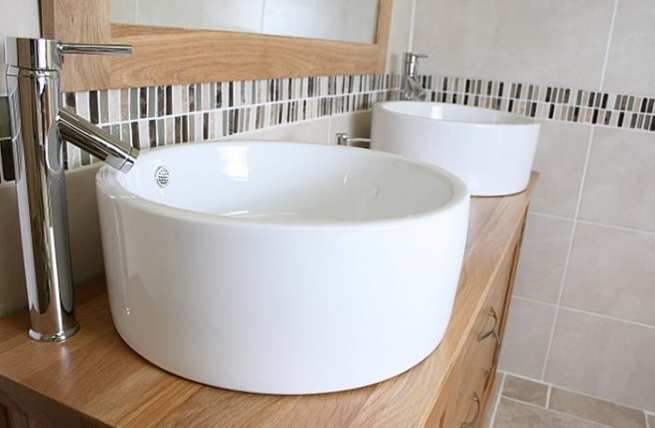 Large Round Ceramic Bathroom Basins