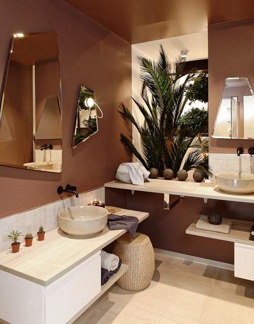 couleurs dans une salle de bain