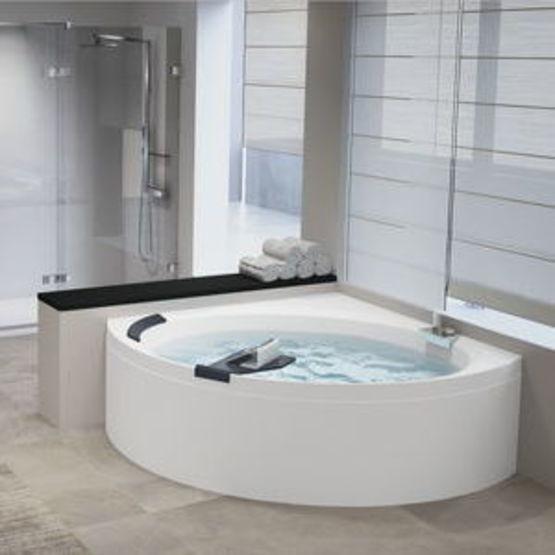 Div4140140o2 Baignoire D Angle Novellini Divina C Acrylique Avec Systeme Hydro Massage Batiproduits